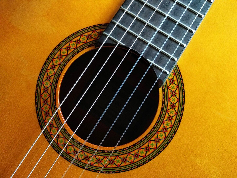tiendas de guitarras en valencia